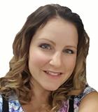 Erika Pienaar | Graphic Designer
